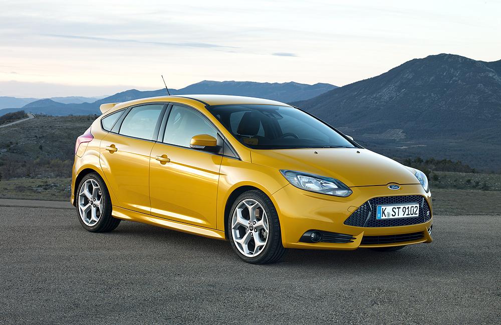 Форд представляет удивительно богатых покупателей Focus ST