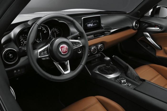 Fiat рассекретил долгожданный родстер 124 Spider