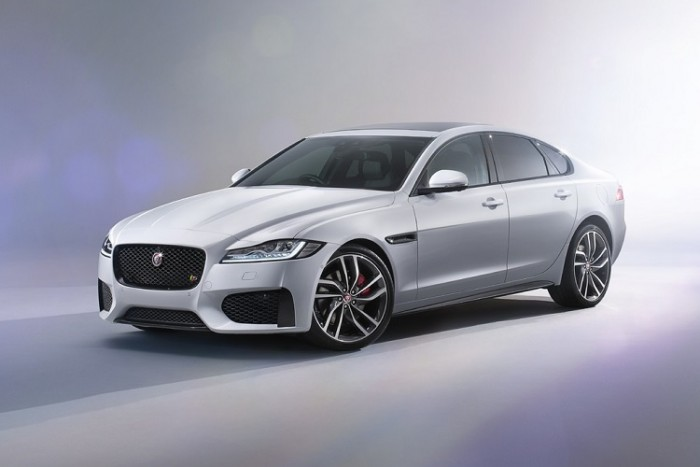 Jaguar объявил цены на новый XF