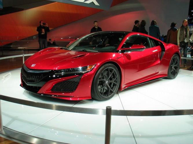 Новый Acura NSX получил американский ценник