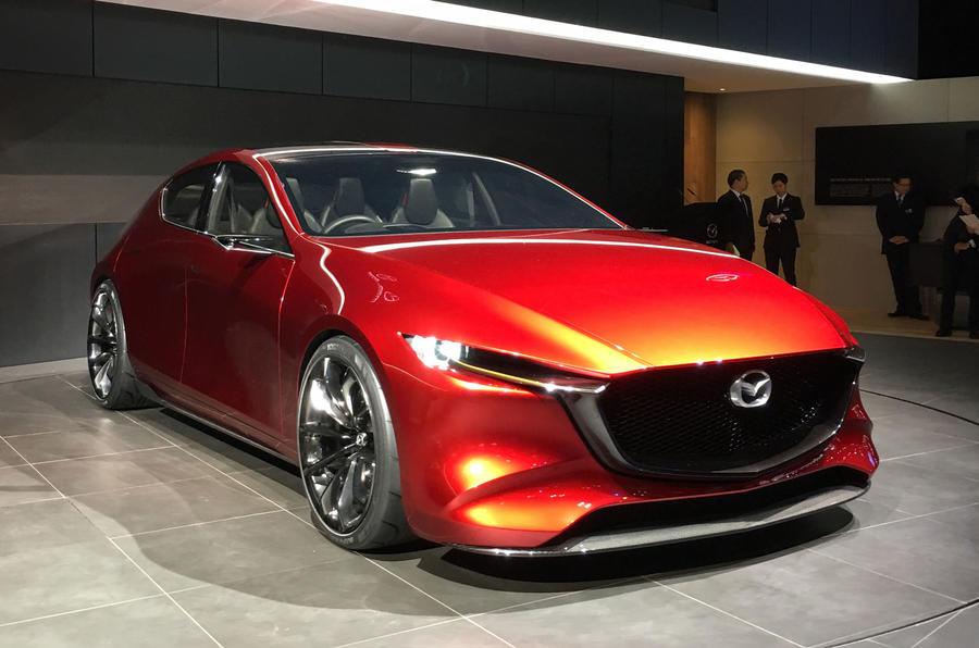 Новая Mazda 3 2019: цена, фото, комплектации и характеристики, старт продаж в России изоражения